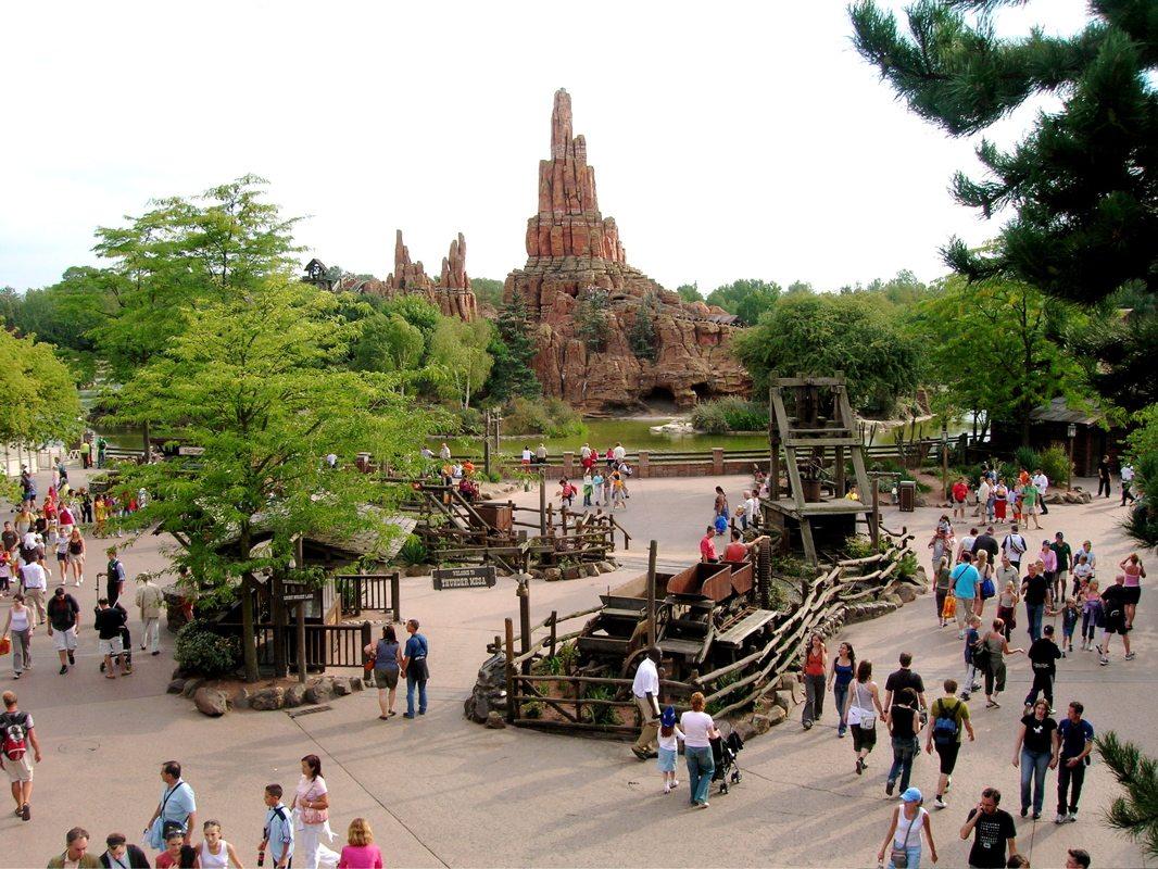 A California Disneyland Fan's View of Disneyland Paris